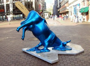 Statua Melting Cow, Budapest